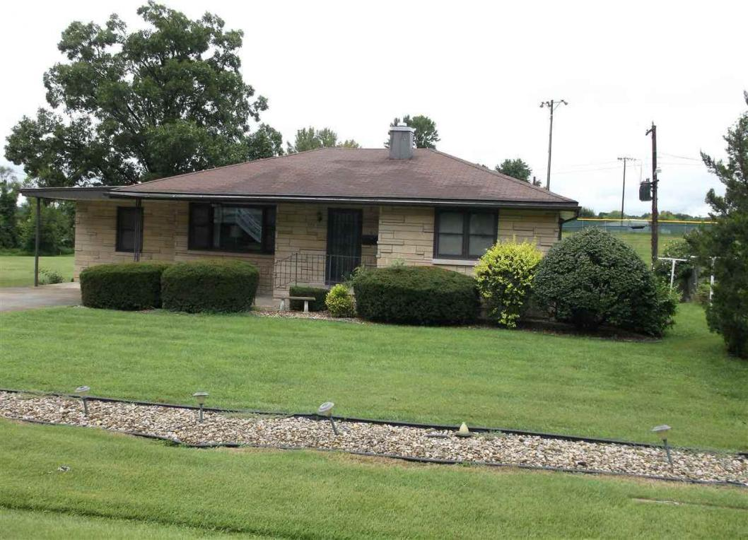 738 Sunset, Bloomfield, IN 47424