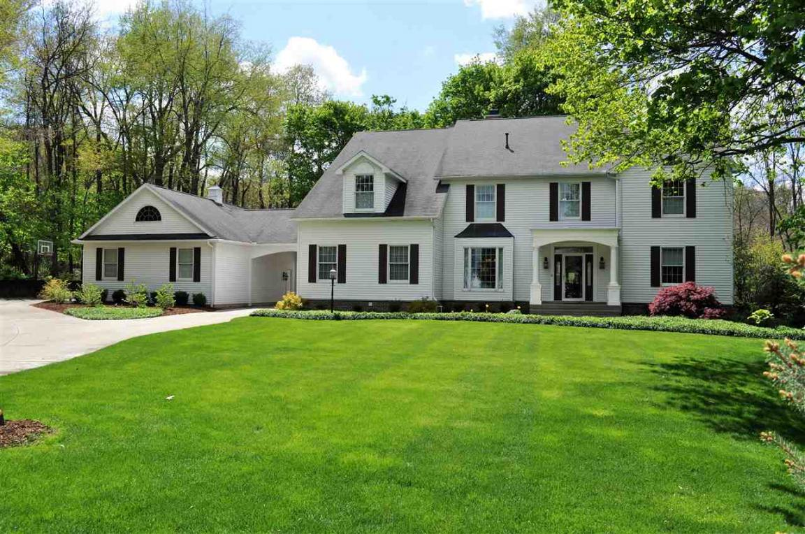 211a Highland Park, Middlebury, IN 46540