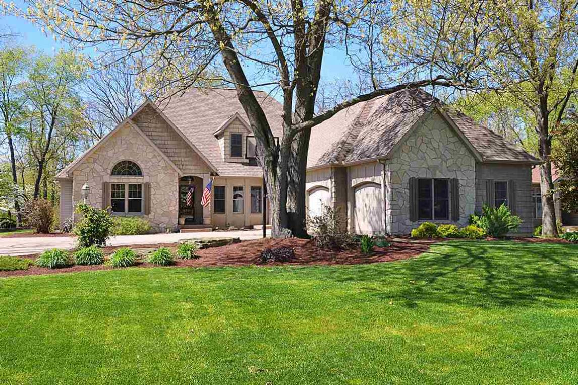 10067 Crabapple, Middlebury, IN 46540