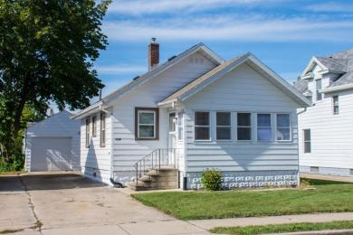 126 E 10th, Mishawaka, IN 46544
