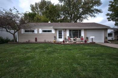 1231 Alpine, South Bend, IN 46614