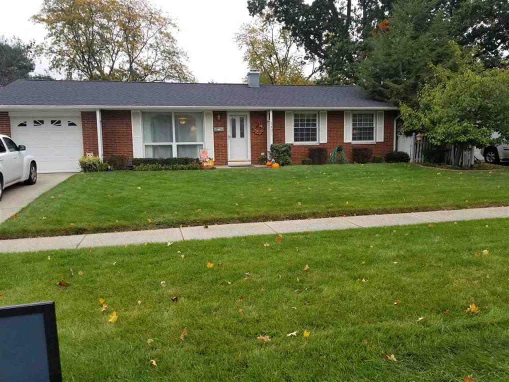 3401 E Corby, South Bend, IN 46615