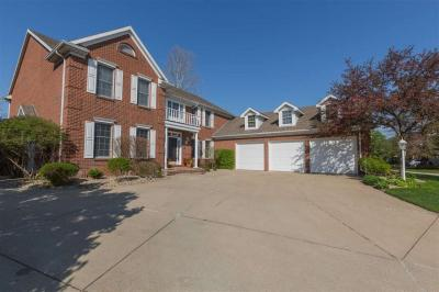 Photo of 51233 Lake Pointe Ct, Granger, IN 46530