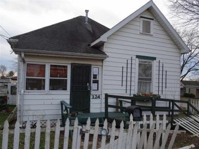 124 S 14th Street, Vincennes, IN 47591