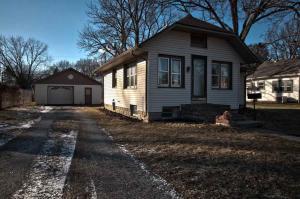 1315 Willowdale, Elkhart, IN 46514