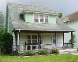 725 E Broadway, South Bend, IN 46601