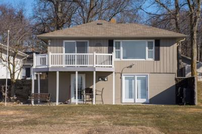 Photo of 25130 North Shore, Elkhart, IN 46514