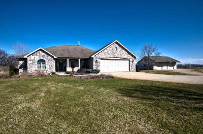 Photo of 56250 County Road 35, Middlebury, IN 46540