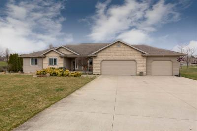 Photo of 14541 Field Crest, Middlebury, IN 46540