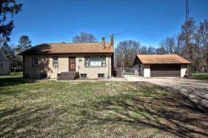 25693 State Road 23, South Bend, IN 46614