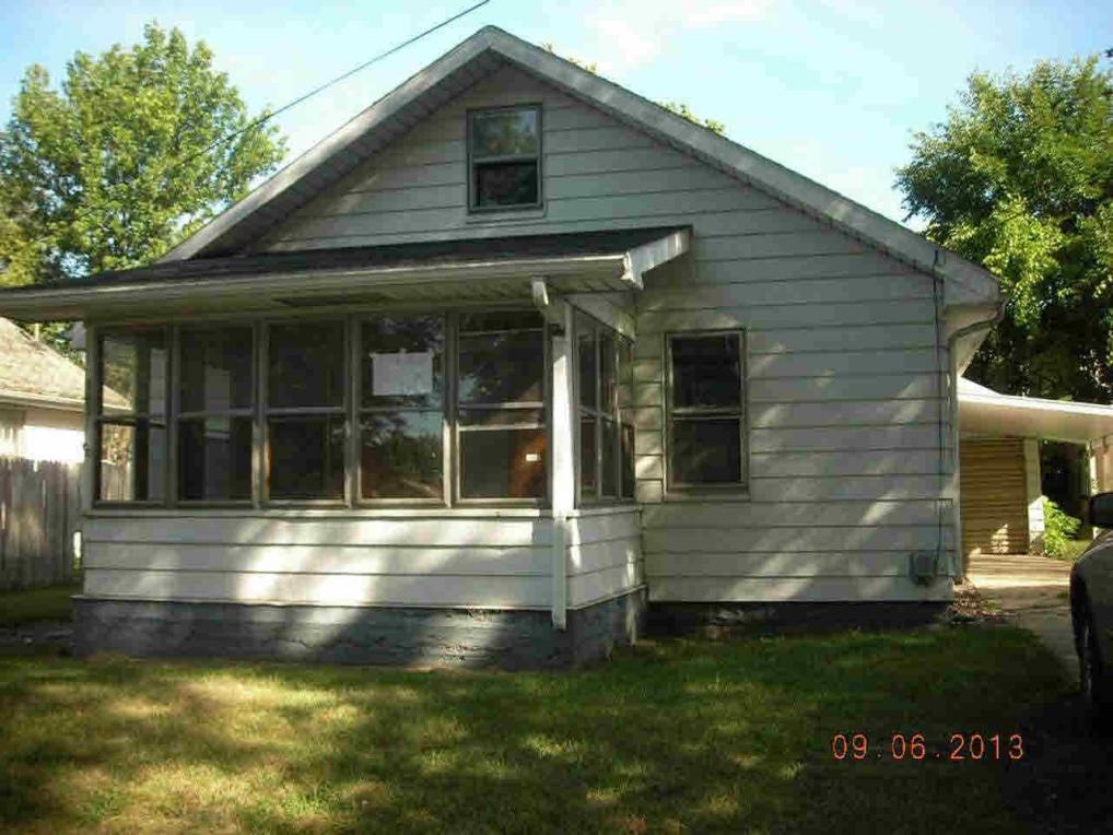 1663 E Dayton, South Bend, IN 46613