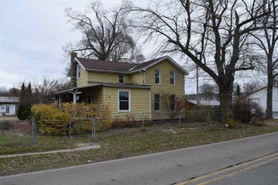 Photo of 125 Railroad St, Rives Junction, MI 49277