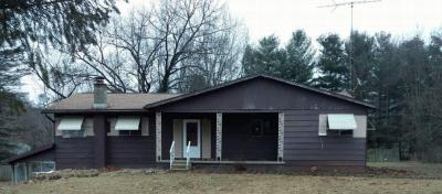 Photo of 11405 Easton Rd, Rives Junction, MI 49277