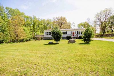 Photo of 6745 Coon Hill Rd, Munith, MI 49259