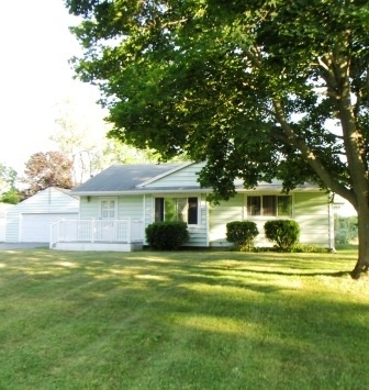 Photo of 5485 Sherwood Rd, Jackson, MI 49201
