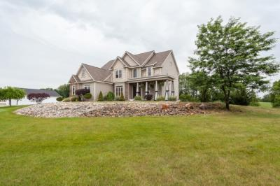 Photo of 1004 Virginia Way, Jackson, MI 49201