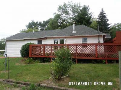 Photo of 2484 Hawkins Rd, Jackson, MI 49201
