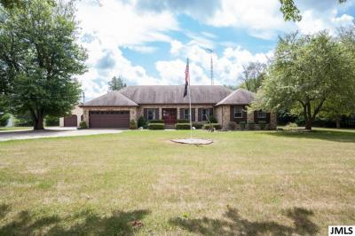 Photo of 4437 E Berry Rd, Pleasant Lake, MI 49272