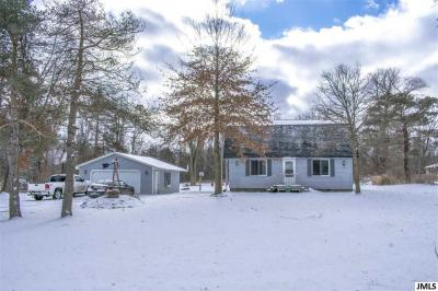 Photo of 11895 Clinton Rd, Rives Junction, MI 49277