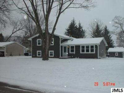 Photo of 3687 Loretta Dr, Jackson, MI 49201