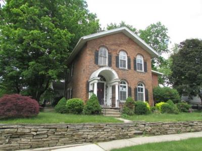 Photo of 614 W Washington St, Jackson, MI 49201
