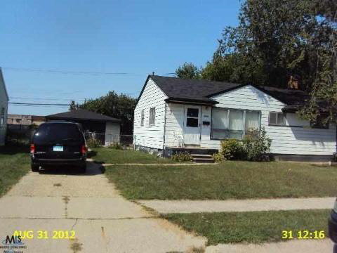 20981 Wellington, Warren, MI 48089