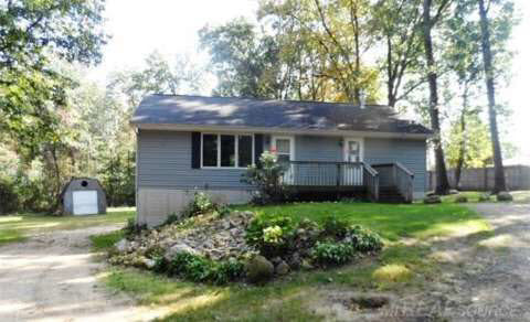 54241 Twin Lakes Road, Wayne, MI 49047