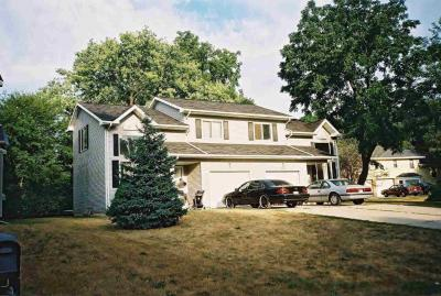 Photo of 3035 Charing Cross Rd, Ann Arbor, MI 48108