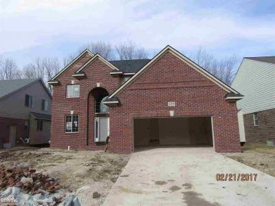 Photo of 12215 Jode Pointe Dr, Other, MI 48312