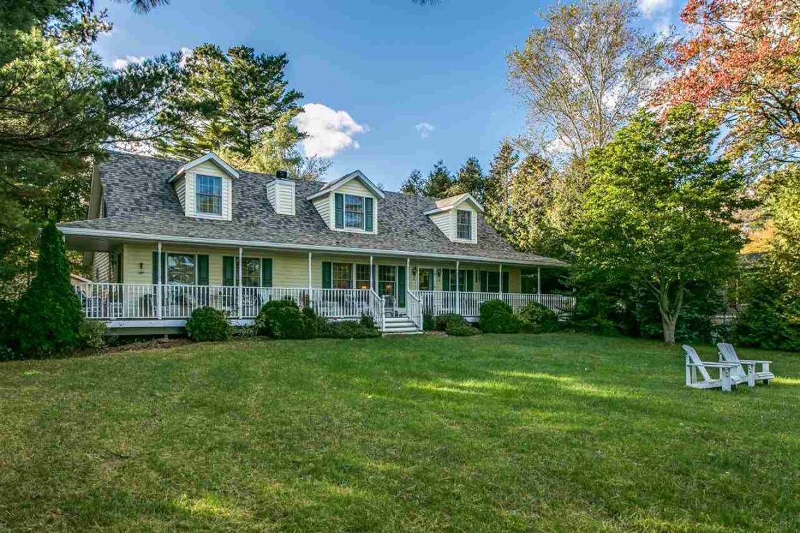 2553 Lakeshore, Applegate, MI 48401