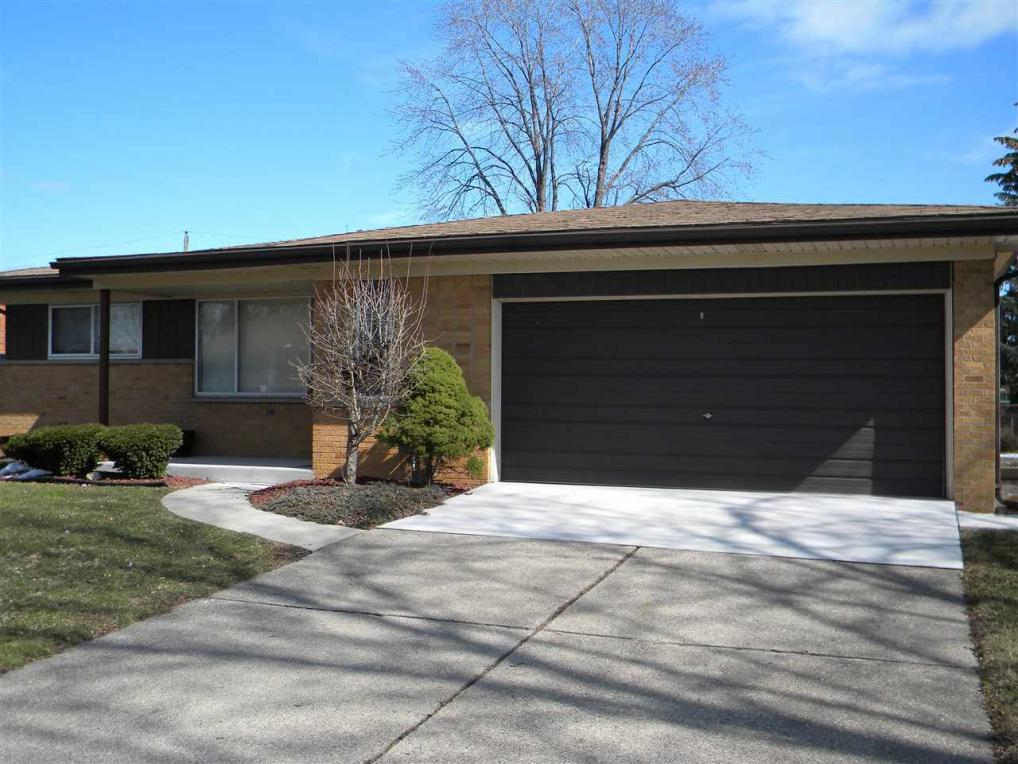 26572 Marilyn, Warren, MI 48089