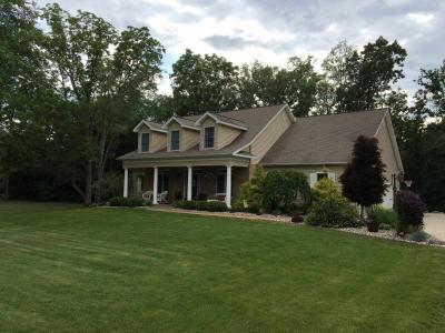 Photo of 4864 Indian Creek Dr, Jackson, MI 49201