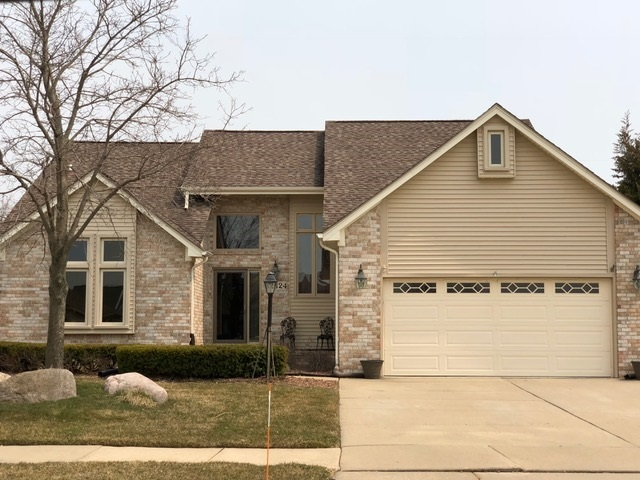 52824 Mary Martin, Chesterfield, MI 48051