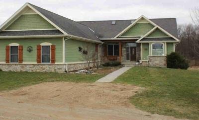 Photo of 1486 Barber Rd, Grass Lake, MI 49240