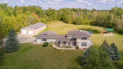 Photo of 10398 Apple Blossom Lane, Grand Ledge, MI 48837