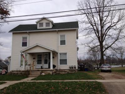 Photo of 711 Water Street, Eaton Rapids, MI 48827