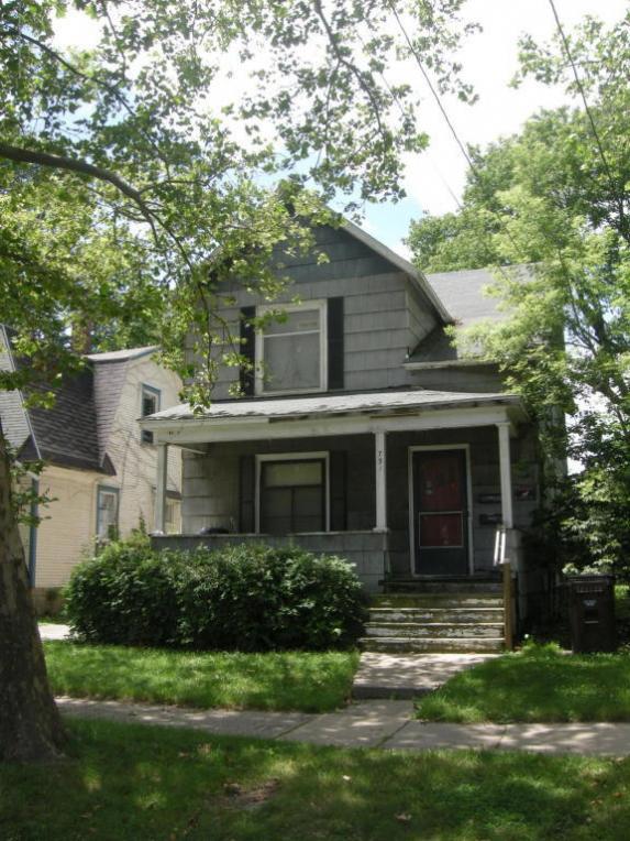 731 N Sycamore Street, Lansing, MI 48906