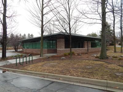 Photo of 2740 E Lansing Drive, East Lansing, MI 48823