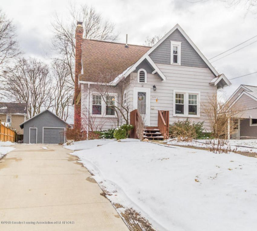 2433 S Washington Avenue, Lansing, MI 48910