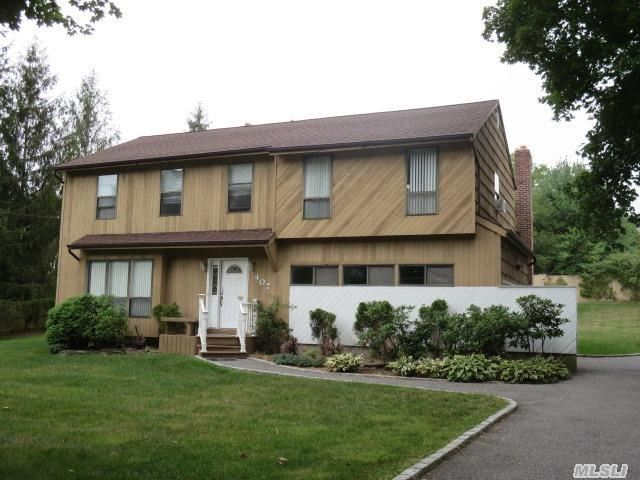 407 Townline Rd, Commack, NY 11725