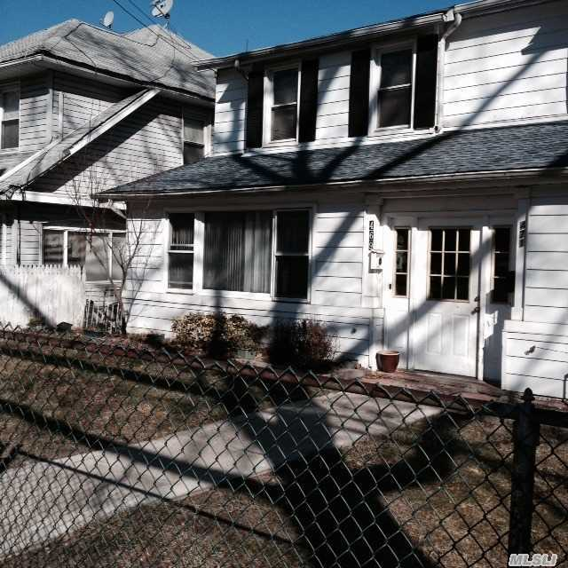 469 E 3rd St, Out Of Area Town, NY 10553
