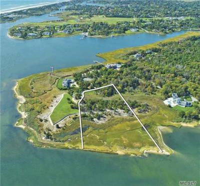 Photo of 38 Second Neck Ln, Quogue, NY 11959