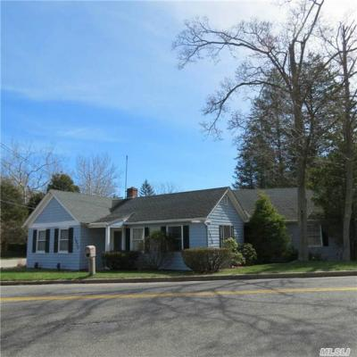 Photo of 1530 N Country Rd, Wading River, NY 11792