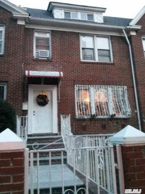 Photo of 34-59 91 St, Jackson Heights, NY 11372