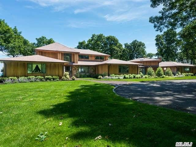 17 Sound Bay Dr, Lloyd Harbor, NY 11743