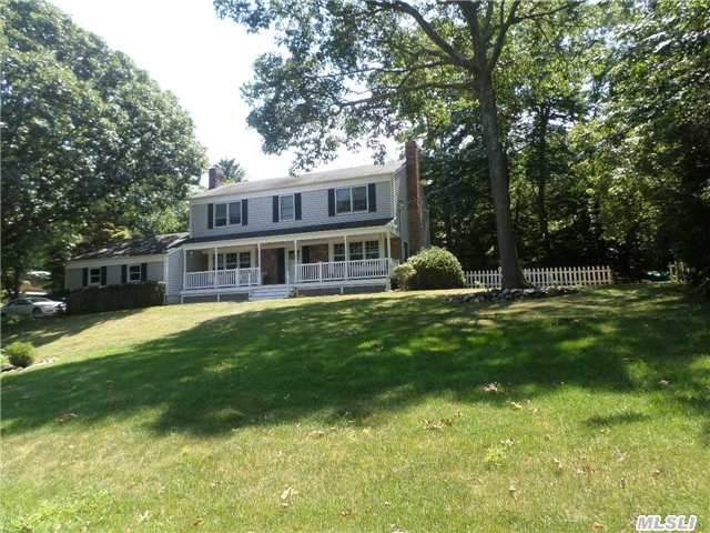 211 Sunset Blvd, Wading River, NY 11792