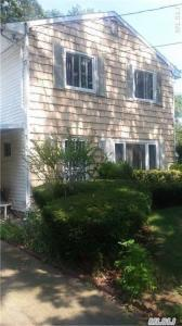307 41st St, Copiague, NY 11726