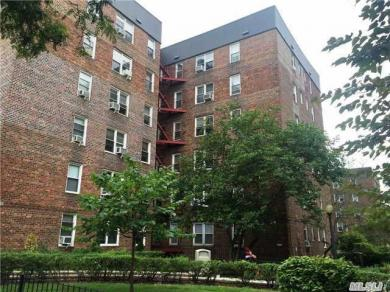 67-14 108 St #3g, Forest Hills, NY 11375