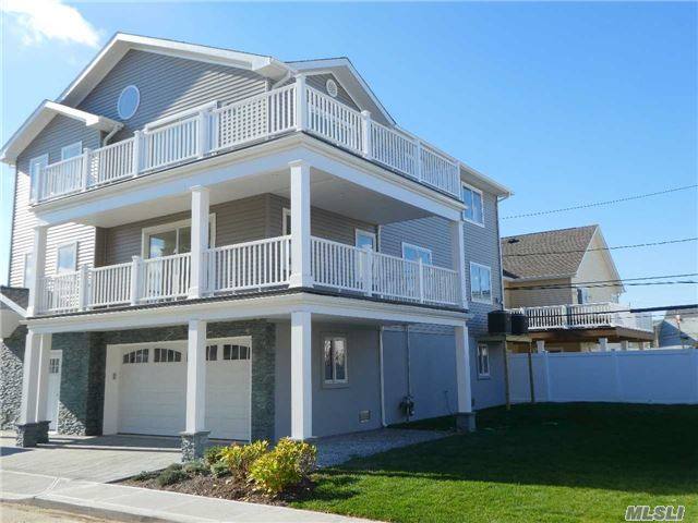 79 Boyd St, Long Beach, NY 11561