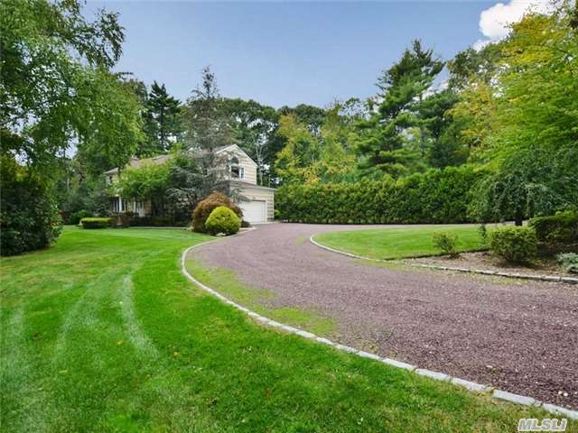 274 Muttontown Eastw Rd, Muttontown, NY 11791